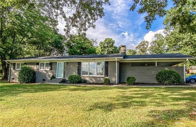 111 Brookhaven Circle, Seneca, SC 29672 (MLS #20230762) :: Les Walden Real Estate