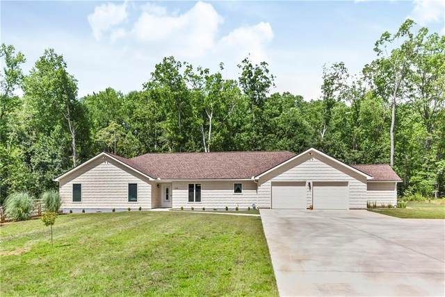 210 Fox Trail, Anderson, SC 29621 (MLS #20230850) :: The Powell Group