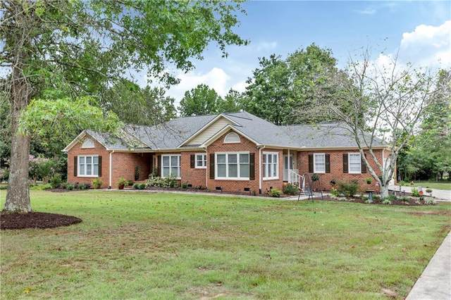 2814 Rambling Path, Anderson, SC 29621 (#20232304) :: J. Michael Manley Team