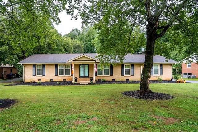 2808 Little Creek Drive, Anderson, SC 29621 (#20232512) :: J. Michael Manley Team