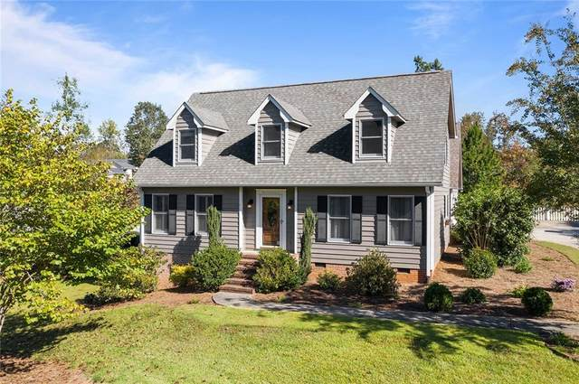 3053 Woodale Circle, Seneca, SC 29678 (MLS #20233124) :: The Powell Group