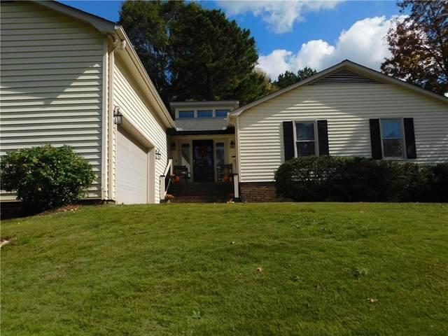 1221 Green Fern Drive, Greenville, SC 29611 (MLS #20233695) :: Tri-County Properties at KW Lake Region