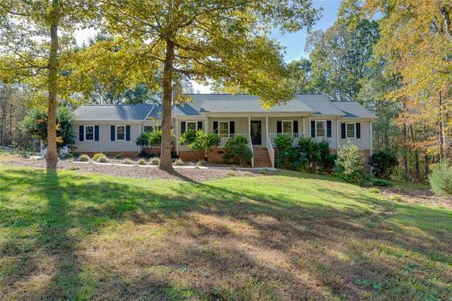 1021 Stratford Court, Easley, SC 29642 (#20233727) :: DeYoung & Company
