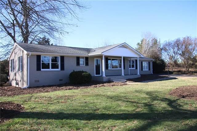 12042 N Radio Station Road, Seneca, SC 29678 (MLS #20236954) :: Tri-County Properties at KW Lake Region