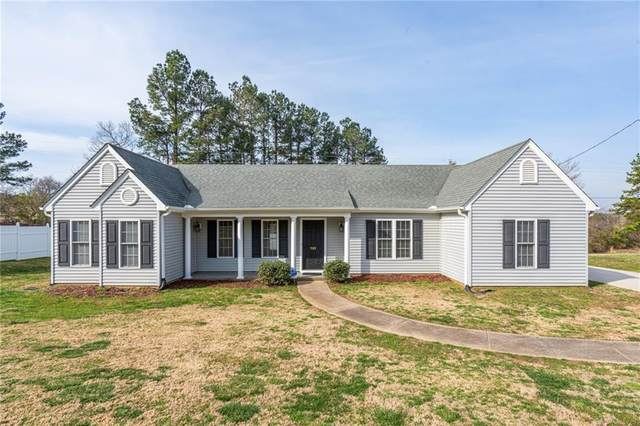 702 Friendship Road, Seneca, SC 29678 (MLS #20237489) :: The Powell Group