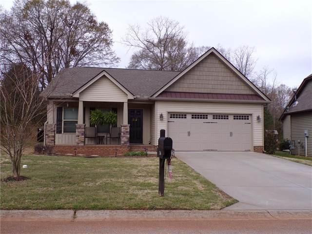 336 S Stonegate Drive, Seneca, SC 29678 (MLS #20237501) :: Les Walden Real Estate