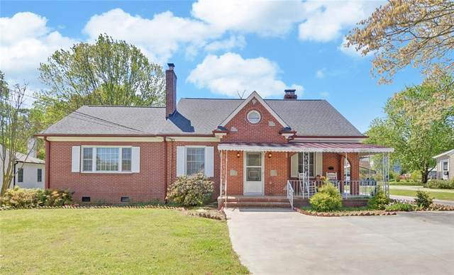 620 E Howell Street, Hartwell, GA 30643 (MLS #20238172) :: Lake Life Realty