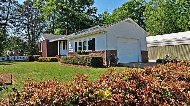 1 Janice Court, Greenville, SC 29611 (MLS #20238659) :: The Powell Group