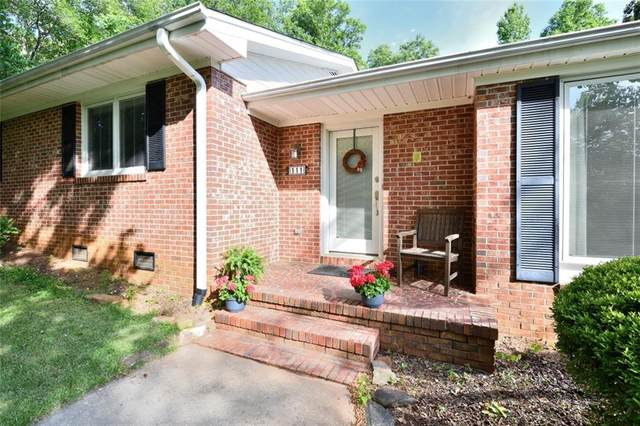 111 Briarcliff Road, Central, SC 29630 (MLS #20239943) :: The Powell Group