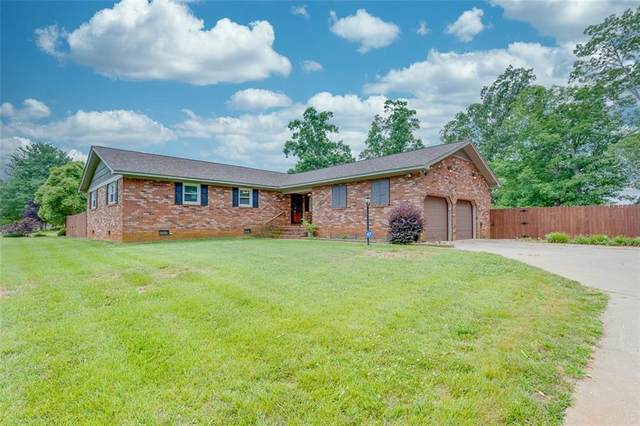 101 Del Riso Circle, Easley, SC 29642 (MLS #20240002) :: Les Walden Real Estate