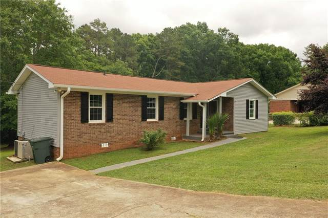 200 Creek Drive, Seneca, SC 29678 (MLS #20240185) :: Les Walden Real Estate