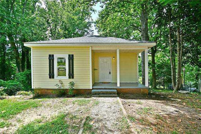 123 Cobb Street, Easley, SC 29640 (MLS #20240430) :: Lake Life Realty