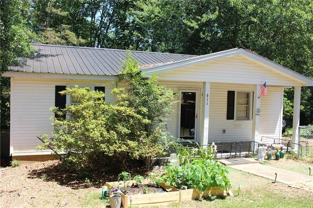611 Five Forks Road, Liberty, SC 29657 (#20240446) :: Realty ONE Group Freedom