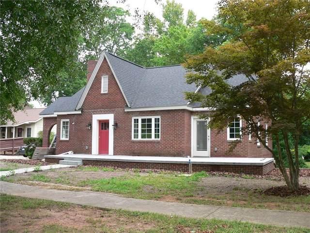 208 W Main Street, Walhalla, SC 29691 (MLS #20242152) :: Les Walden Real Estate