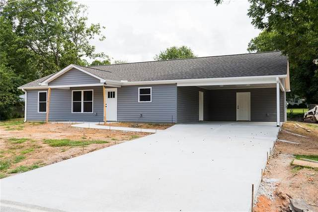 106 Simpson Street, Westminster, SC 29693 (MLS #20242797) :: The Powell Group