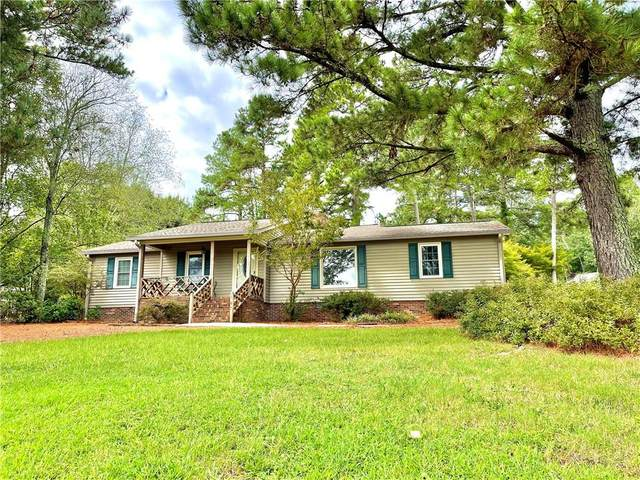 1109 Pineview Drive, Easley, SC 29642 (MLS #20242881) :: The Freeman Group