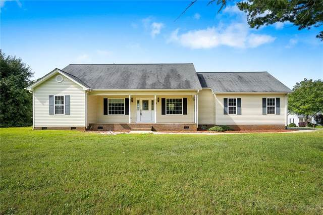 1 Beaver Brook Court, Taylors, SC 29687 (MLS #20243350) :: The Powell Group