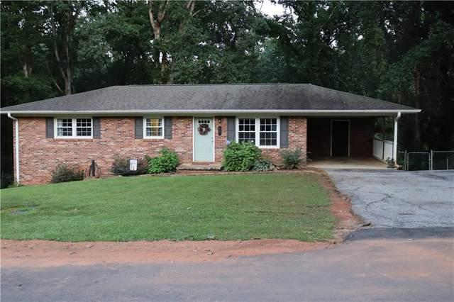 307 Forest Acres Circle, Walhalla, SC 29691 (MLS #20243789) :: Les Walden Real Estate