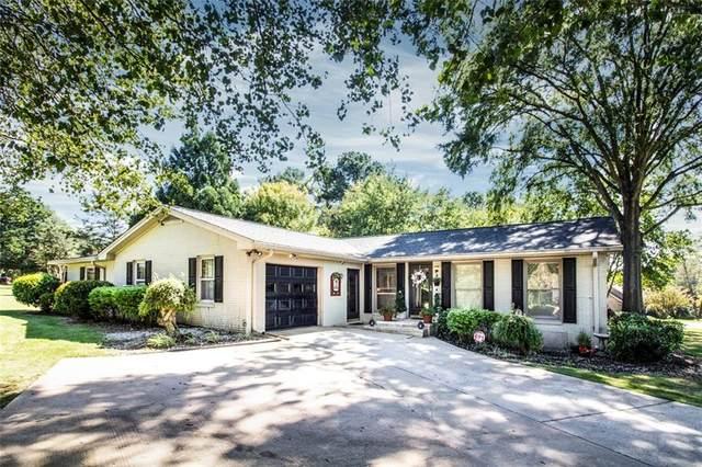 300 Edgewater Drive, Anderson, SC 29626 (MLS #20243898) :: Renade Helton