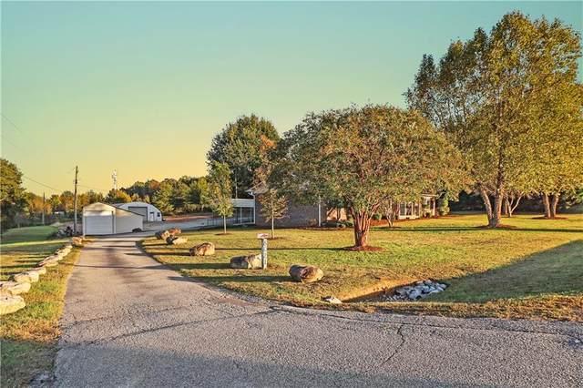 8021 Moorefield Memorial Highway, Liberty, SC 29657 (MLS #20244659) :: Les Walden Real Estate