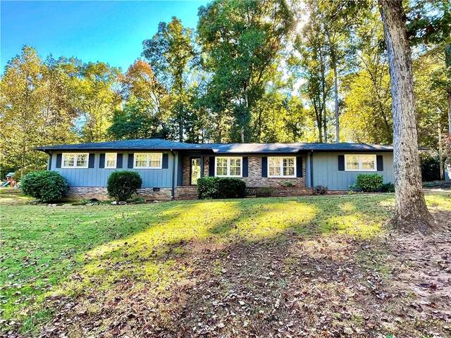 806 Griffin Mill Road, Pickens, SC 29671 (#20244792) :: The Robby Brady Team