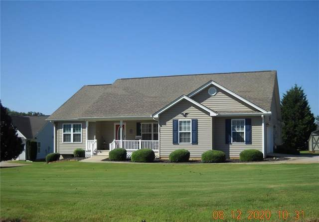 122 W Terrace Meadows Drive, Seneca, SC 29672 (MLS #20230836) :: Les Walden Real Estate