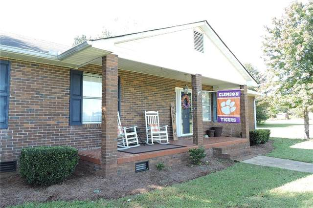 6207 Dobbins Bridge Road, Anderson, SC 29626 (MLS #20232488) :: Les Walden Real Estate