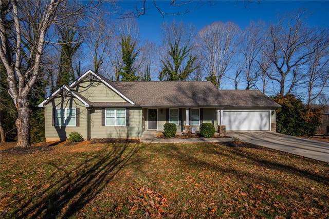115 Brookwood Drive, Seneca, SC 29678 (MLS #20236123) :: Les Walden Real Estate