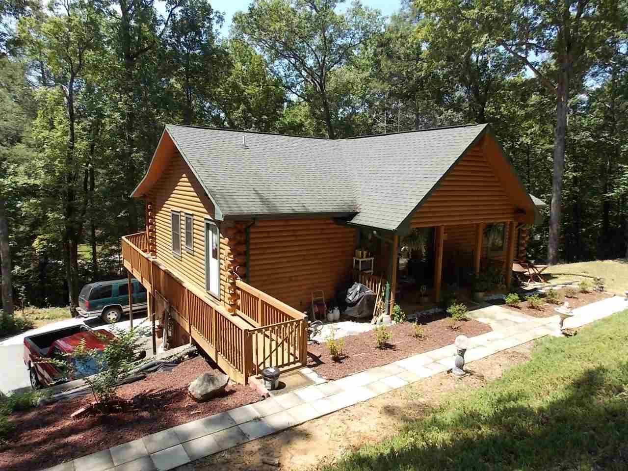 111 Pinnacle Falls Dr, Pickens, SC 29671 (MLS #20168162) :: Les Walden Real Estate
