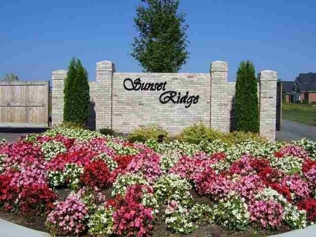 Lot 15,16,17 Paramount Circle, Seneca, SC 29678 (MLS #20168914) :: Les Walden Real Estate