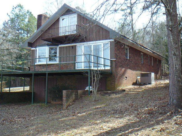 353 Black Rd, Abbeville, SC 29620 (MLS #20195142) :: The Powell Group of Keller Williams