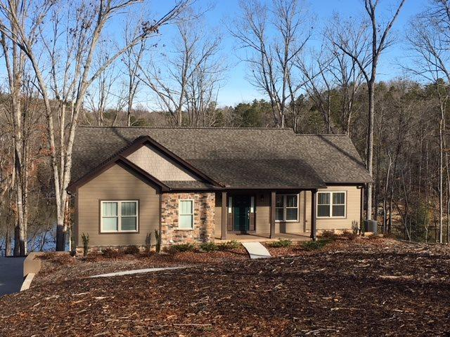 305 Bayside Drive, West Union, SC 29696 (MLS #20196089) :: Tri-County Properties