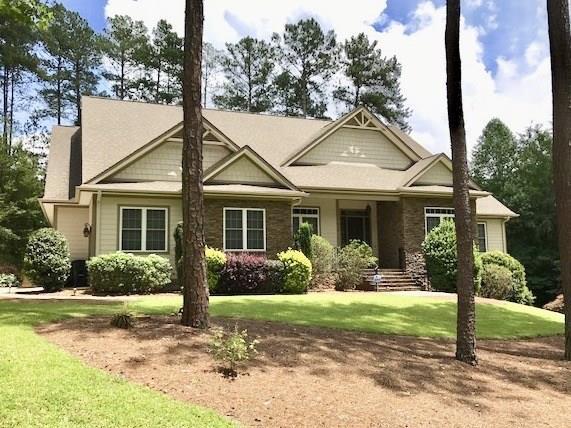 915 Shadow Oaks Drive, Seneca, SC 29672 (MLS #20200108) :: Les Walden Real Estate