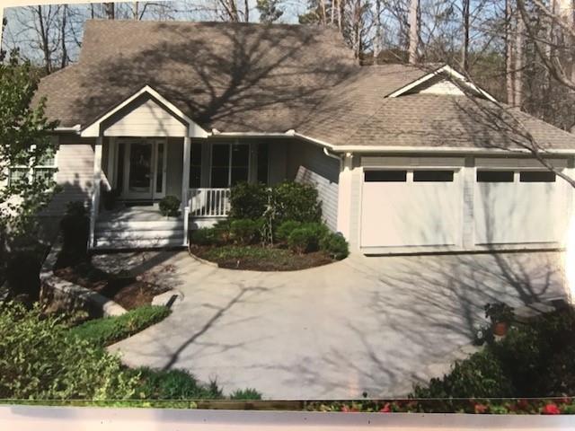 1635 Enterprise Lane Street, Seneca, SC 29672 (MLS #20200511) :: Tri-County Properties