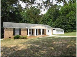3922 Seminole Avenue, Anderson, SC 29624 (MLS #20201582) :: Les Walden Real Estate