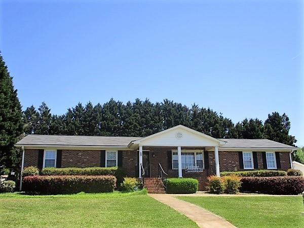 403 Robinall Drive, Easley, SC 29642 (MLS #20202207) :: The Powell Group of Keller Williams