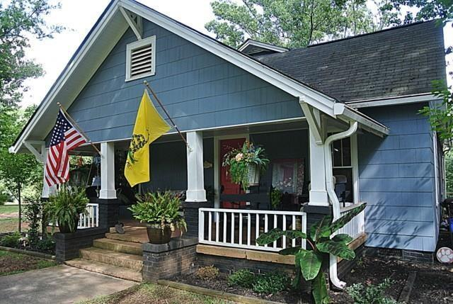 922 Cherry Street, Pendleton, SC 29670 (MLS #20203381) :: The Powell Group of Keller Williams