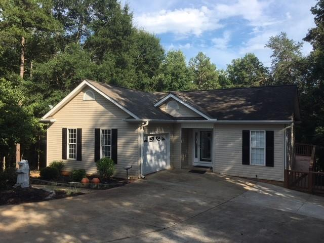 276 Penny Lane, Townville, SC 29689 (MLS #20205911) :: Les Walden Real Estate