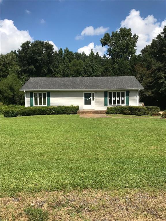 217 Oak Drive, Belton, SC 29627 (MLS #20206214) :: Tri-County Properties