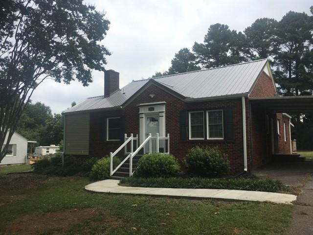2064 Corinth Drive, Seneca, SC 29672 (MLS #20209689) :: The Powell Group of Keller Williams