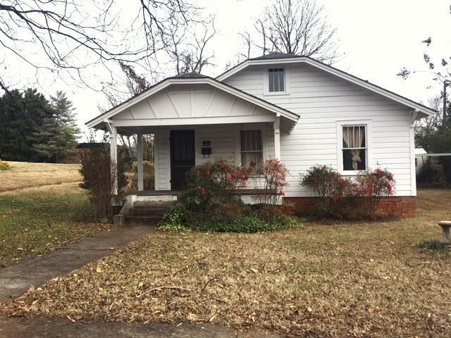 103 S Johnson Street, Walhalla, SC 29691 (MLS #20210589) :: Les Walden Real Estate
