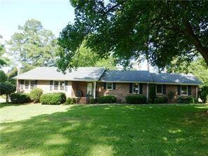 607 Regency Circle, Anderson, SC 29625 (MLS #20218462) :: Les Walden Real Estate