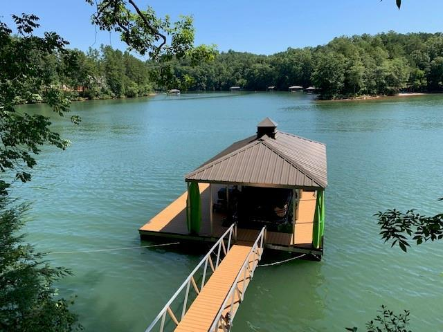 6 Little Keowee Boulevard, West Union, SC 29696 (#20219514) :: Connie Rice and Partners