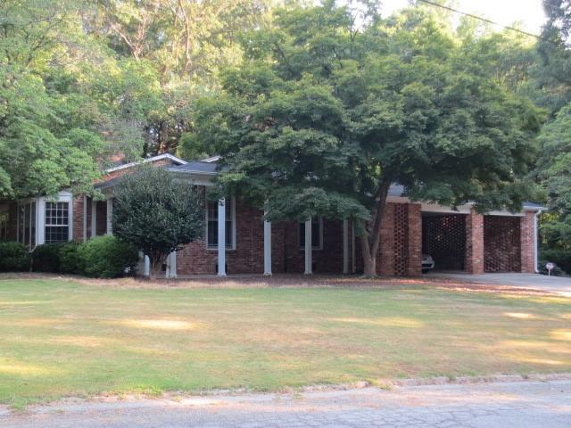 215 Forest Hill Drive, Anderson, SC 29621 (MLS #20219673) :: Les Walden Real Estate