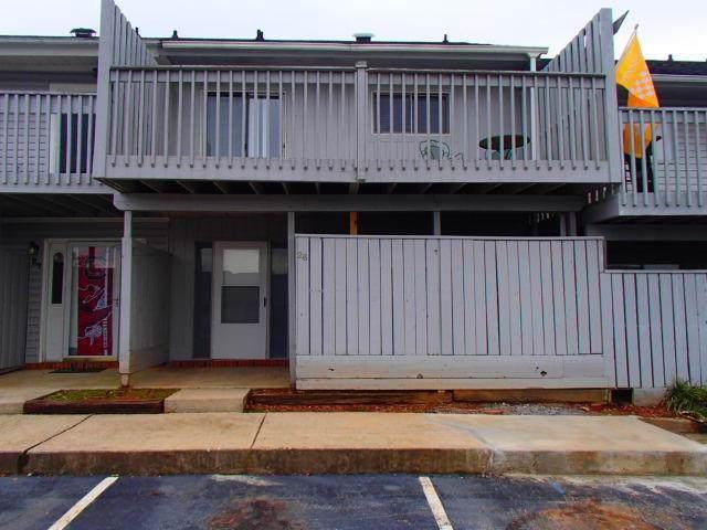 26 Spinnaker Court, Greenville, SC 29611 (MLS #20223127) :: Tri-County Properties at KW Lake Region