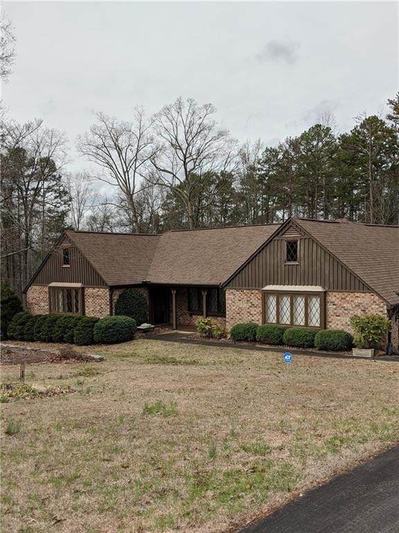 110 Lakeview Drive, Seneca, SC 29672 (MLS #20225858) :: The Powell Group