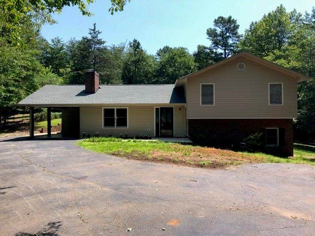 515 Hartwell Drive, Seneca, SC 29672 (MLS #20230132) :: The Powell Group