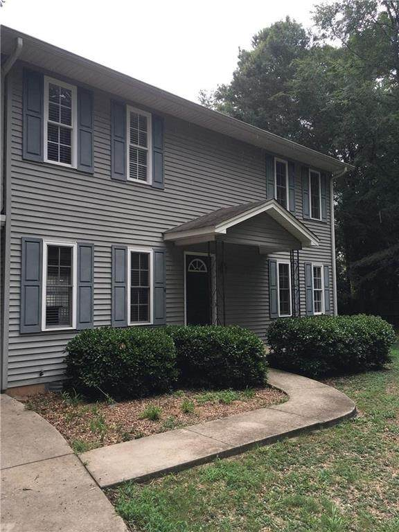 204 Mountain View Lane, Clemson, SC 29631 (MLS #20230403) :: The Powell Group