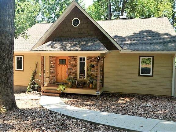 407 Meredith Lake Road, Townville, SC 29689 (MLS #20231970) :: Les Walden Real Estate