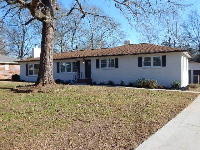 822 Sharonwood Drive, Anderson, SC 29621 (MLS #20235467) :: Les Walden Real Estate